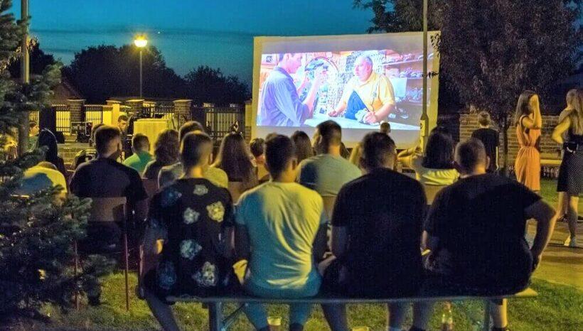 Dergez-ljetna-kino-karavana
